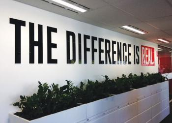 acrylic-letters-signage-office-frasers-perth-discus-2
