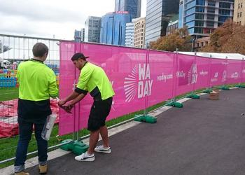 event-fence-mesh-sign-perth