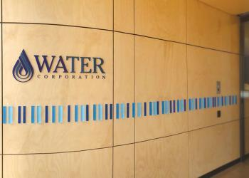 signage-acrylic-office-watercorporation-discus
